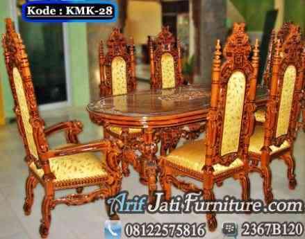 kursi makan raja