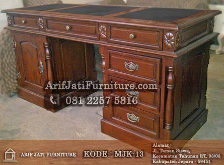 meja kantor kayu jati klasik