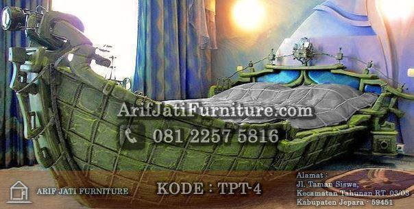 tempat tidur perahu unik