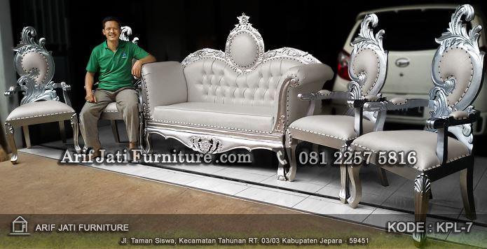 jual kursi pelaminan putih