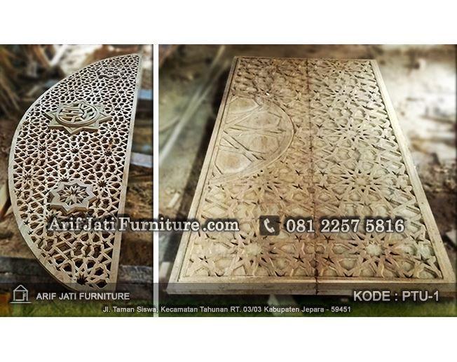 pembuatan pintu masjid ukir