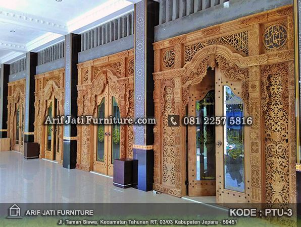 pintu gebyok kaligrafi untuk masjid