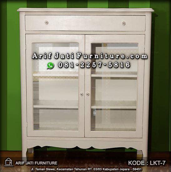 lemari mukena warna putih shabby chic